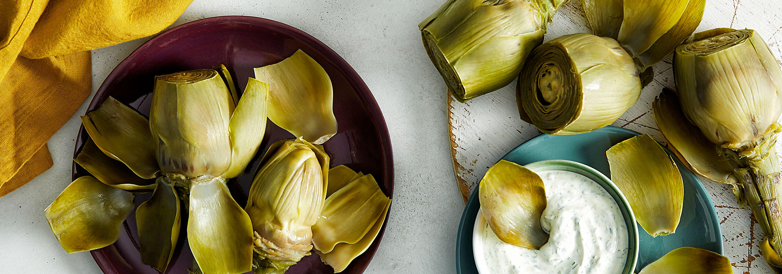 Artichokes with Yoghurt Dipping Sauce
